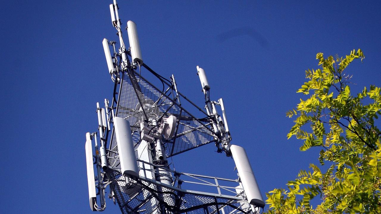 Telstra generic pix. Mobile phone communication tower. Pic. Bob Finlayson.
