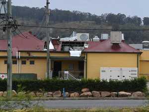 Fire crews respond to blaze at iconic Plainland pub