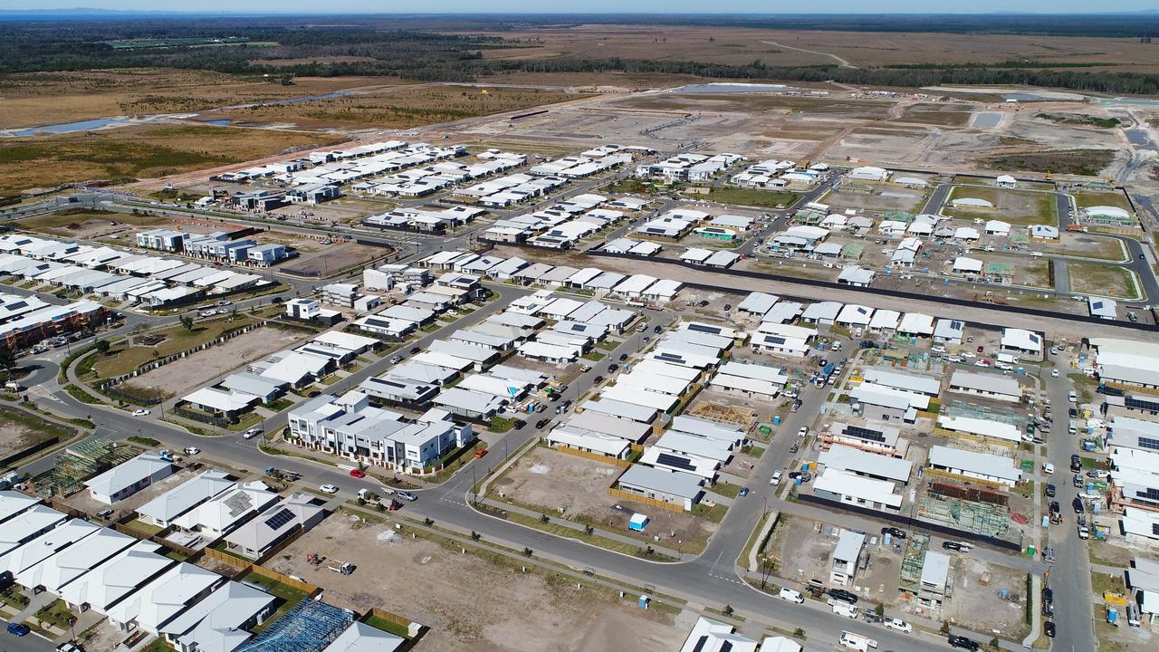 Aerial photos show a new housing estate near Nirimba in Stockland's Aura development. Photo: Patrick Woods