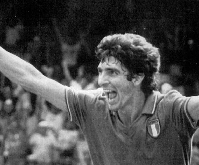 Tributes flow as World Cup hero dies