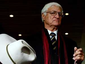 Katter calls for referendum on new state