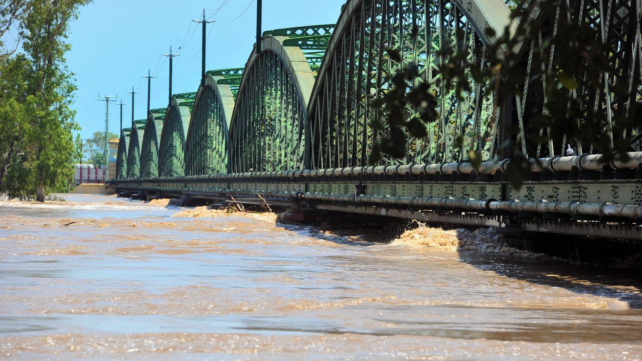 The Bundaberg railway bridge during 2013 floods. Photo: Max Fleet