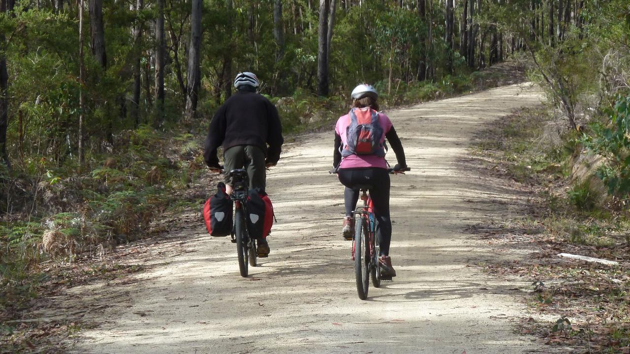 A rail trail using the disused Casino – Murwillumbah rail line could be a major economic driver for the Northern Rivers according to the final report into a study of the proposal.