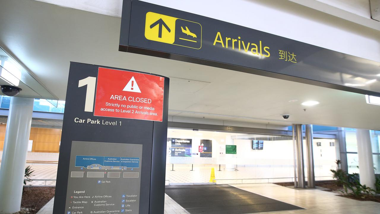 Queensland will throw open its borders to its Kiwi neighbours tomorrow - just in time for Christmas.