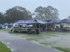Rain unleashes at the Fishermans Rd markets
