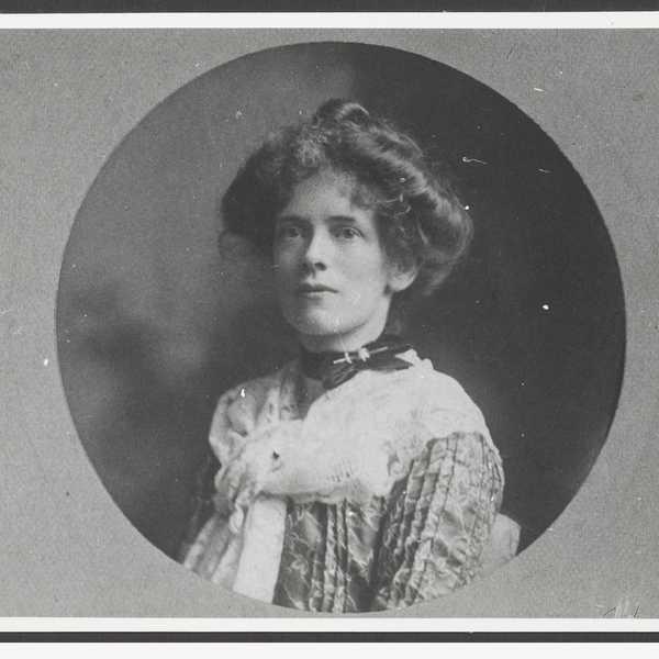 Jeannie Gunn. Photo: State Library of South Australia B-27404-7