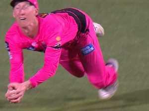 Aussie cricket's 'Superman' strikes again