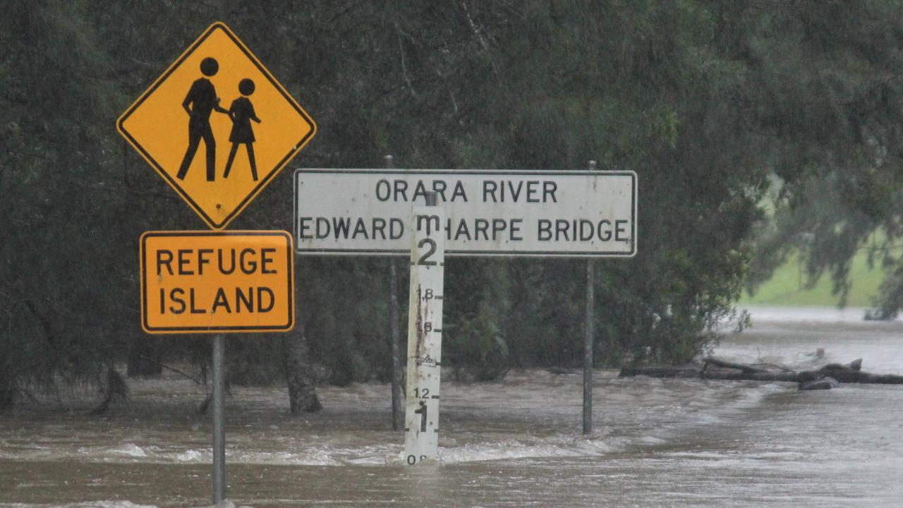 Edward Sharpe Bridge at Nana Glen was impassable on Tuesday. The Orara River has swelled, reaching the minor flood level at Glenreagh on Tuesday morning. By 10am on 15/12/20 it was at 8.91m and rising. Coffs Harbour flood. Photo: Tim Jarrett