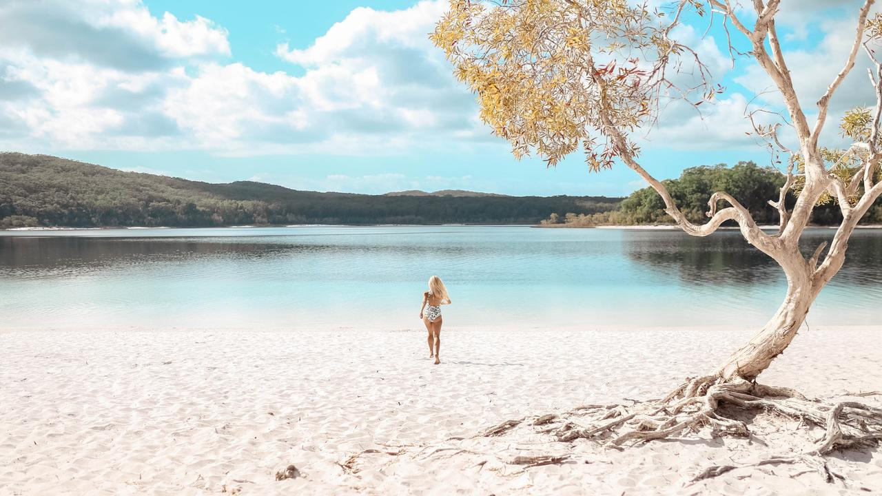 Lake McKenzie Fraser Island credit @thebelleabroad escape December 6 2020 cover story