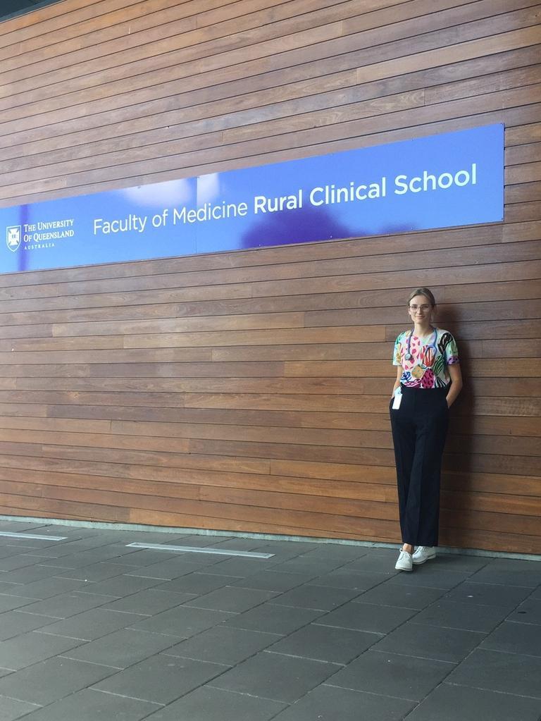 UQ Year 1 medical student Hannah Bates.