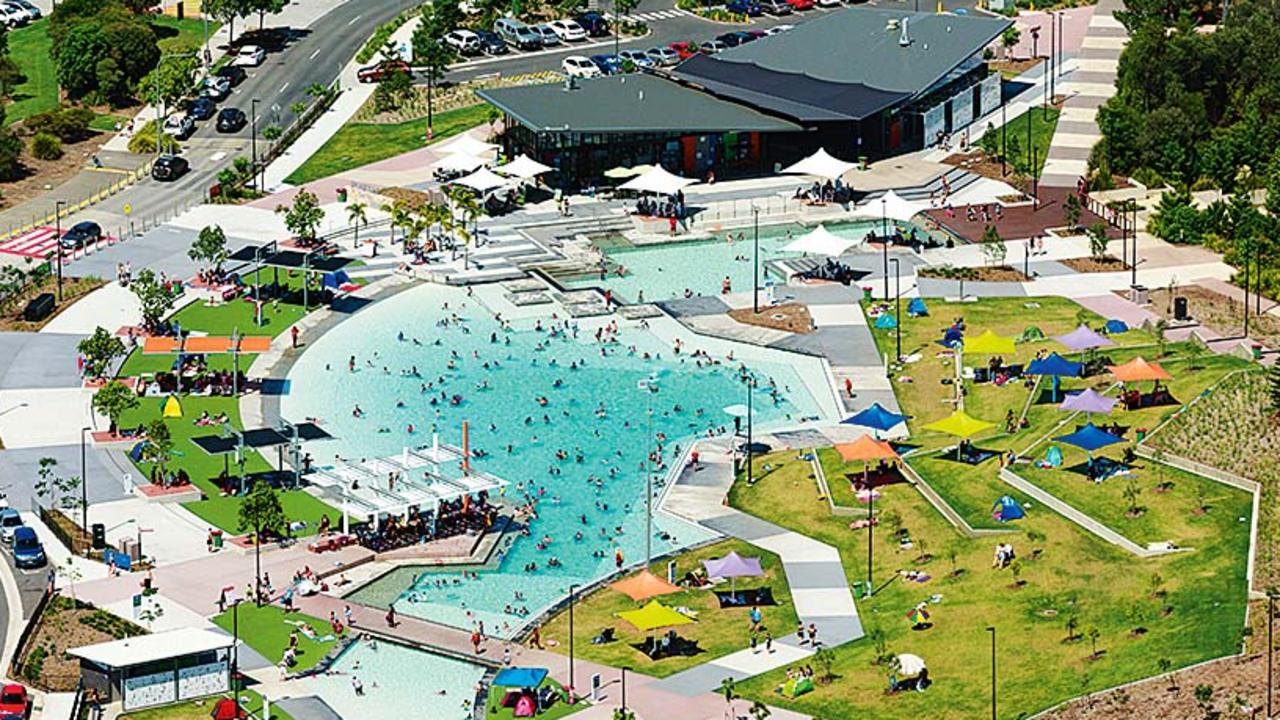 Concerned parents suspect Orion Lagoon as the reason for recent cases of gastro. Photo: Wes Palmer