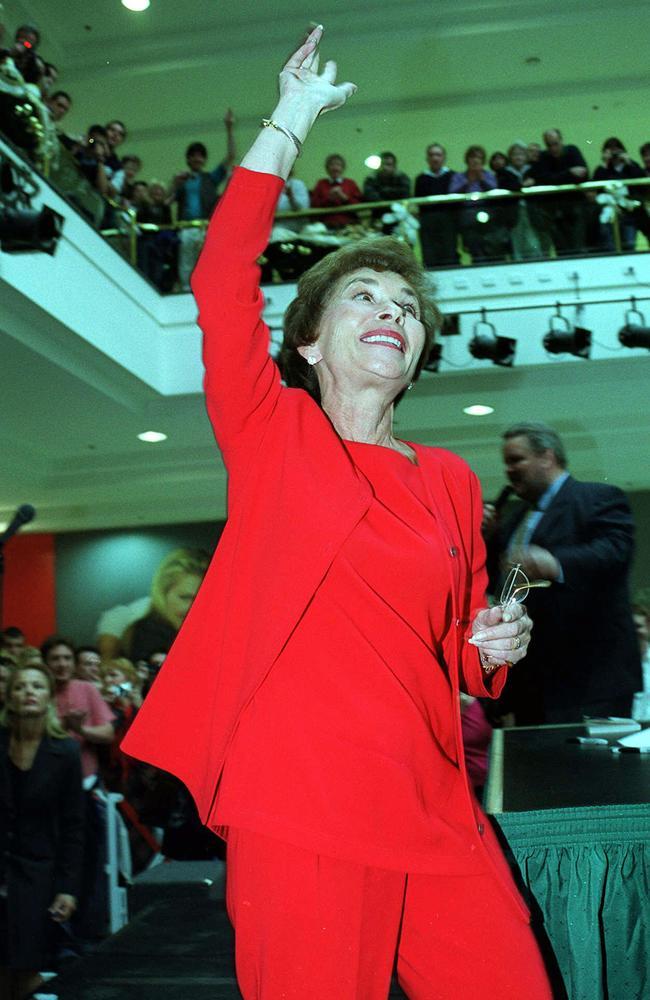 Judy Sheindlin at Westfield Southlands in Sydney in 1999.
