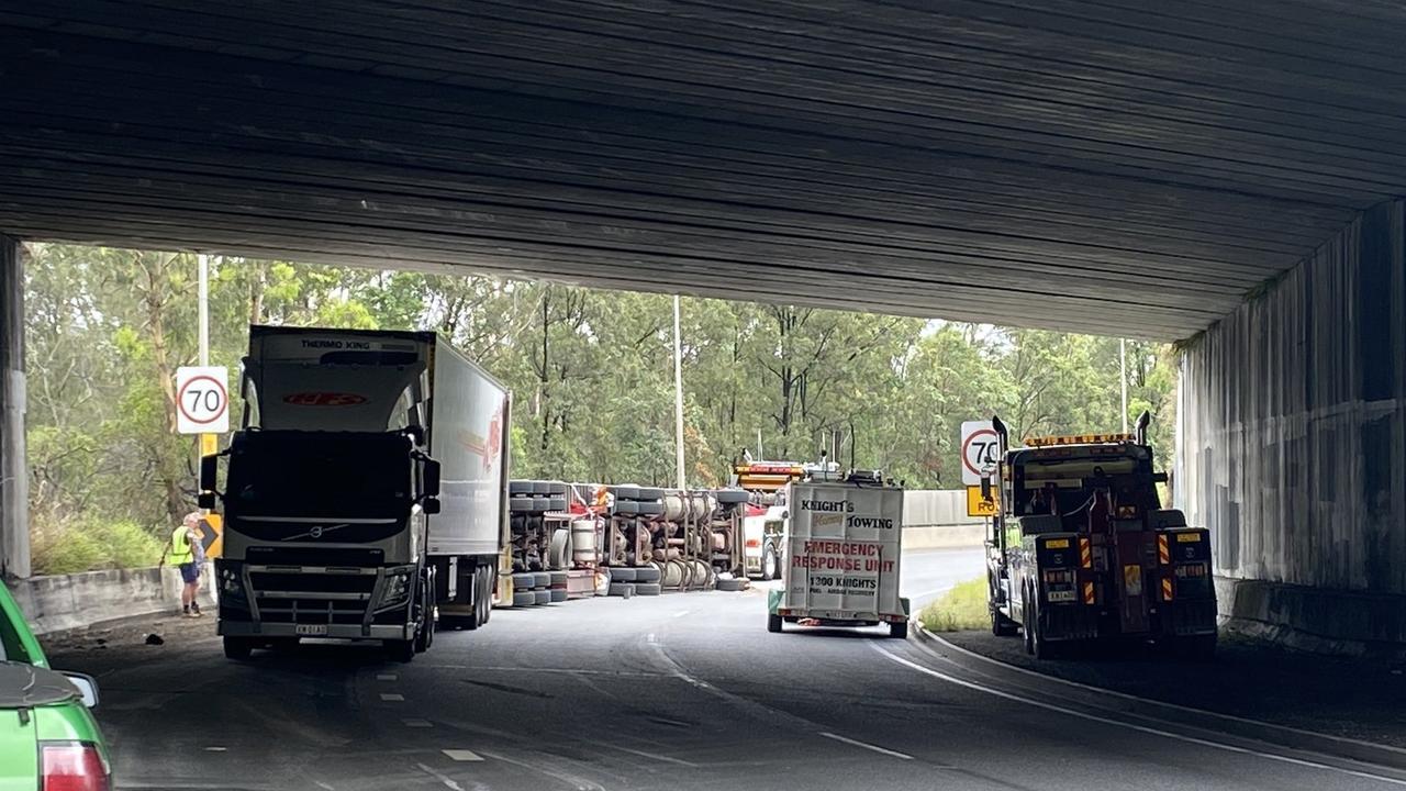 The truck rollover on the Gateway motorway. Photo: Rosanna Kingsun