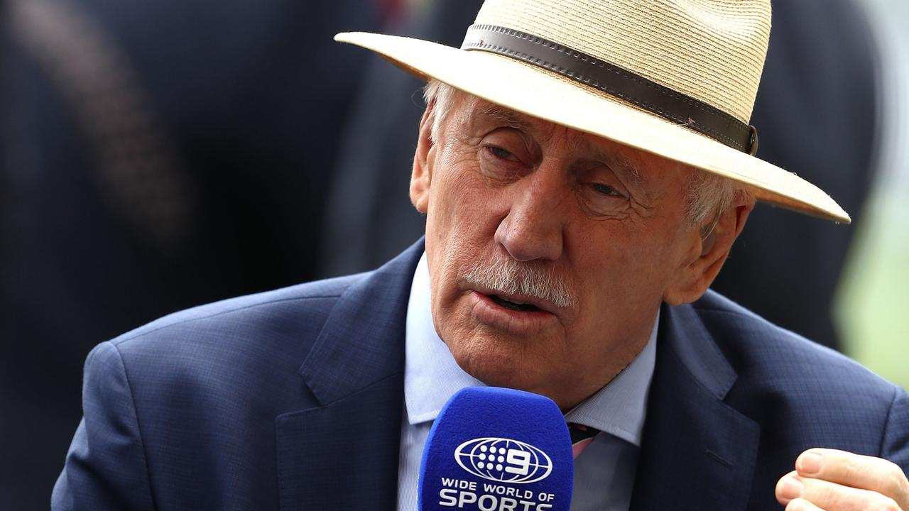 Former Australian cricket captain Ian Chappell was told to leave Adelaide Oval as a fresh COVID-19 outbreak impacted the first Test.