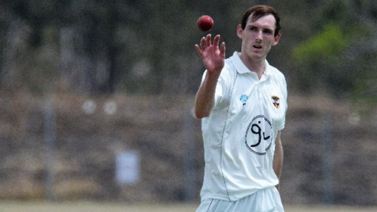 Ipswich Hornets fast bowler Sean Lutter enjoyed his best day out despite the testing conditions.