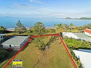 Prime beachfront block sells for $985,000