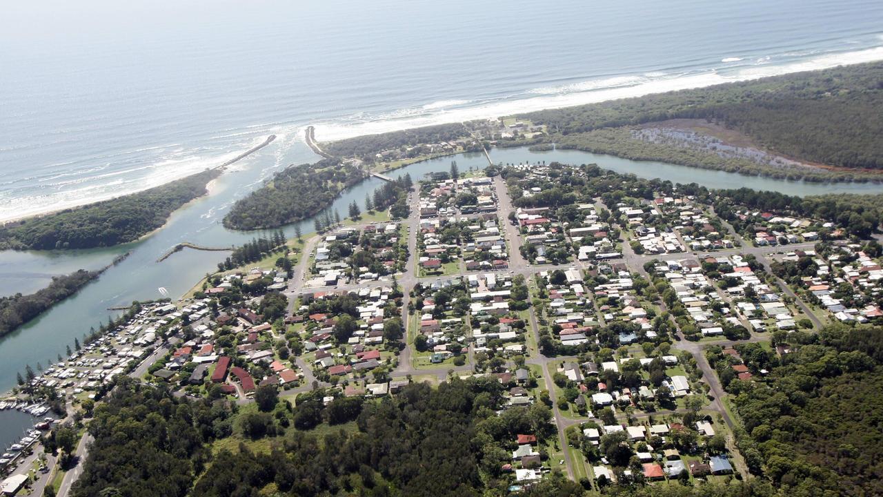 Aerial photos of Brunswick Heads.