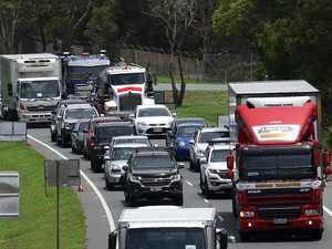 COVID-19 outbreak: Sydneysiders blocked at border