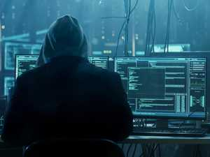Cyber gangs steal $1bn from Aussie businesses