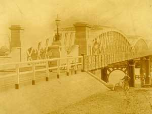 Looking back at the history of the Burnett Bridge