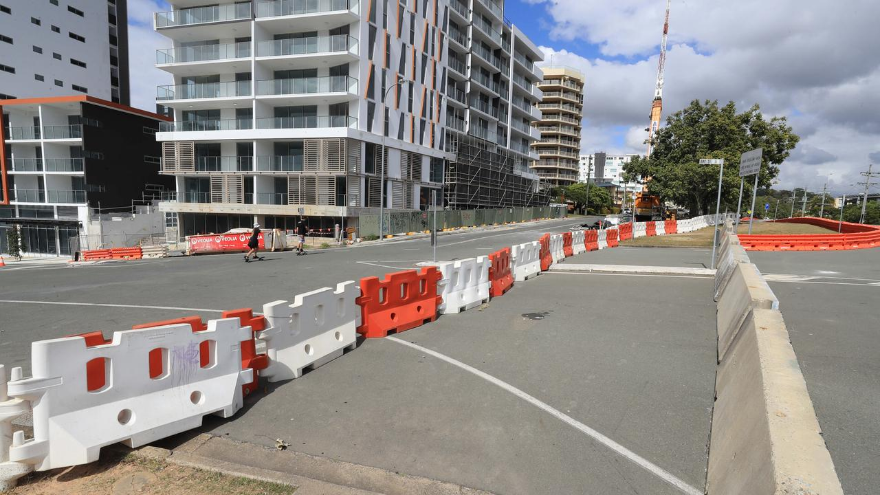 Softer barriers would be erected at Dixon St today. Picture: Scott Powick.
