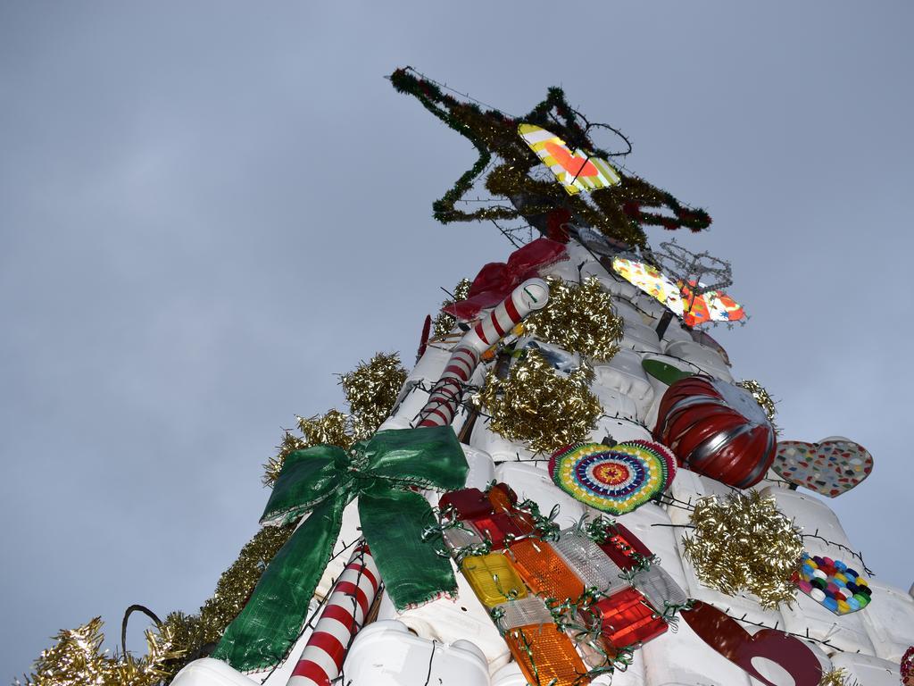 Photos of the 2020 Lismore Christmas tree