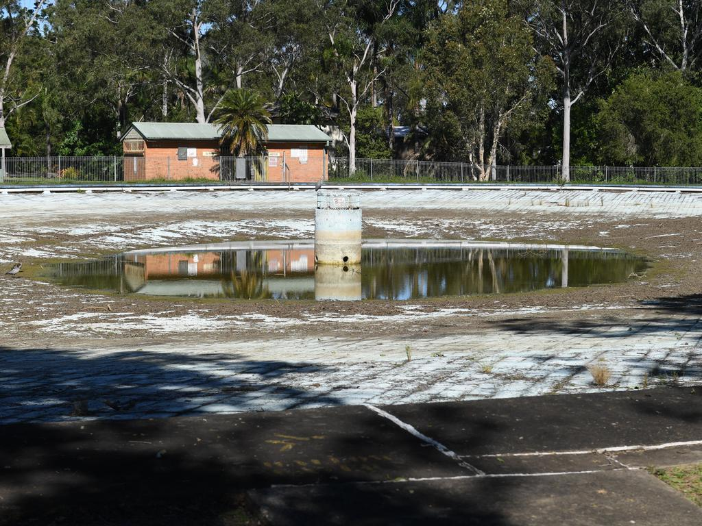 The Lismore Lake Pool is in a state of disrepair after being closed.