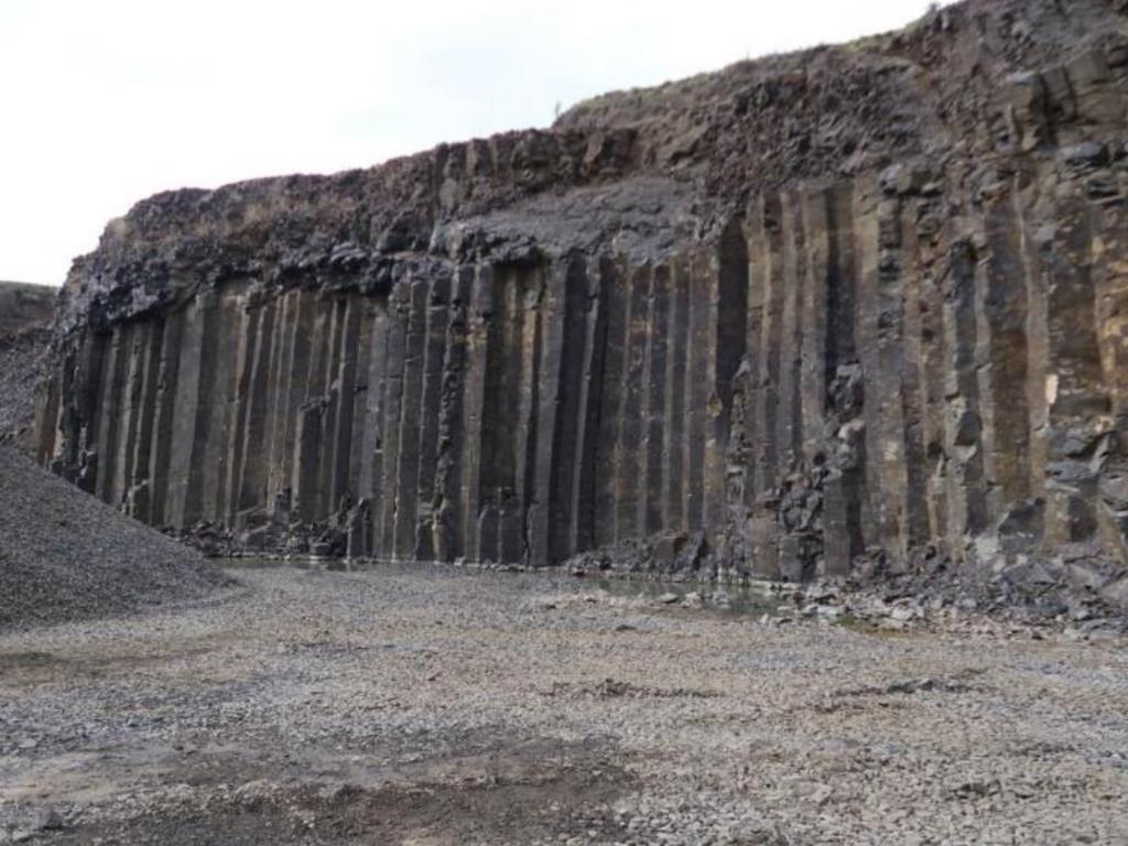Santin Quarry on Riverbank Rd, Monaltrie.