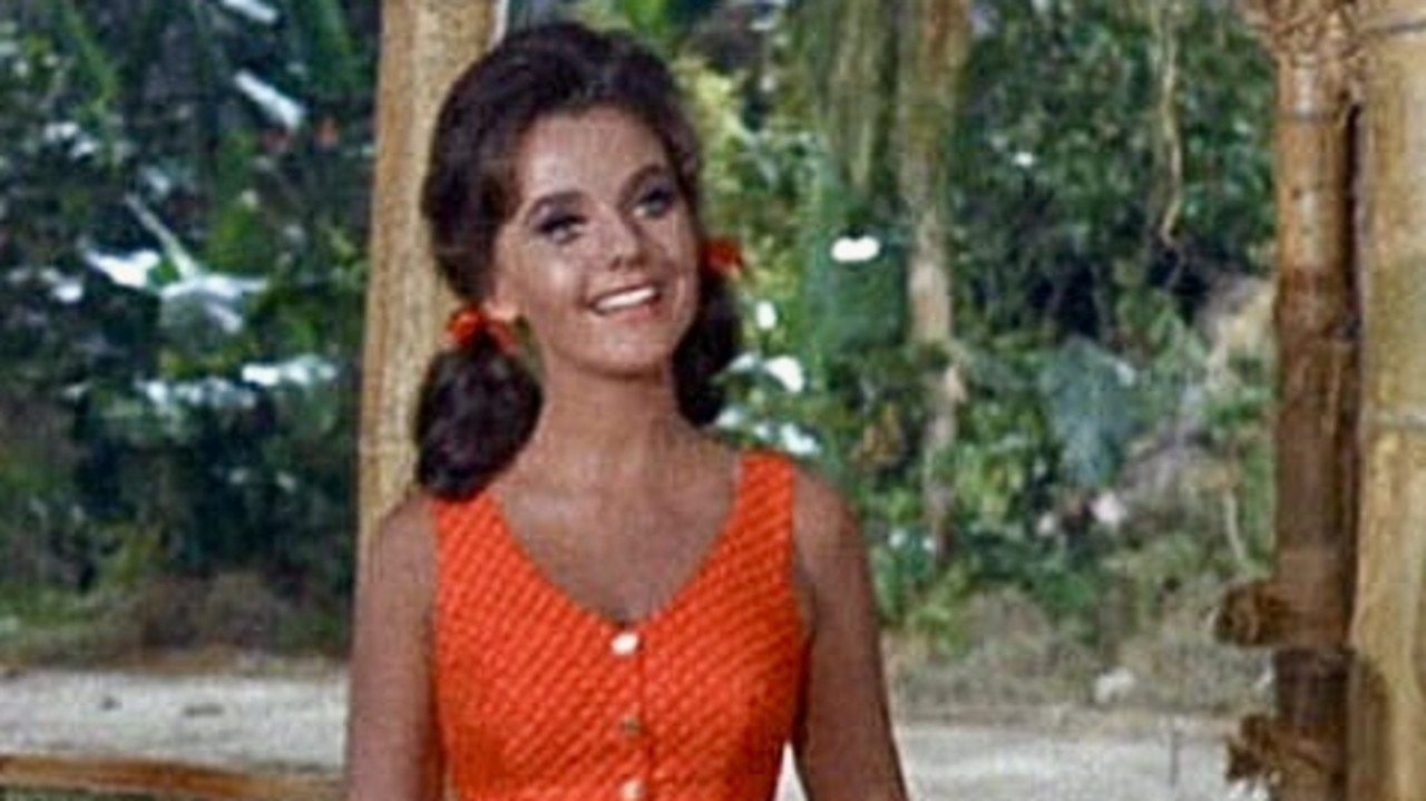 Dawn Wells, an actress who starred on the popular sitcom Gilligan's Island, has died aged 82 from coronavirus complications.