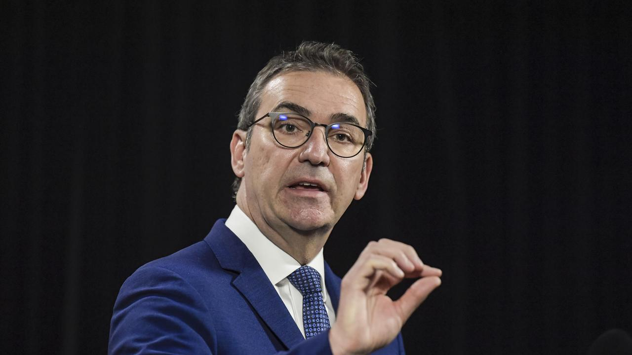 South Australia premier Steven Marshall has announced the border to NSW will slam shut from one minute past midnight.