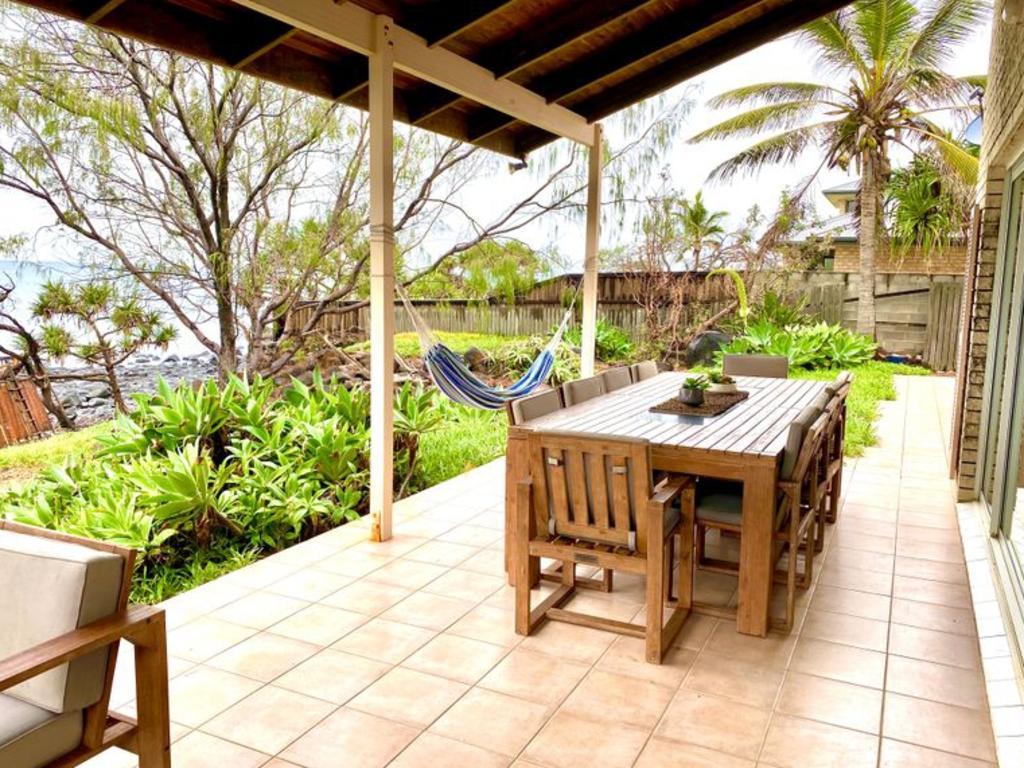 48 Barolin Esplanade, Coral Cove