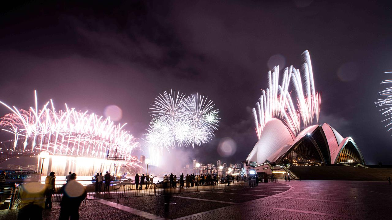 Sydneysiders largely heeded health advice and stayed away from the waterfront on New Year's Eve. Picture: NCA NewsWire/Flavio Brancaleone