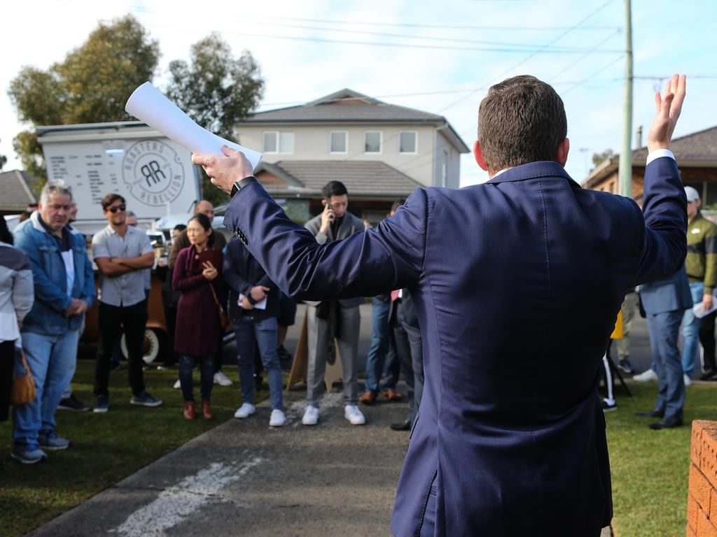 McGrath-Ryde agent Michael Dowling hosted one of the city's most competitive auctions in 2020. Picture: Gaye Gerard