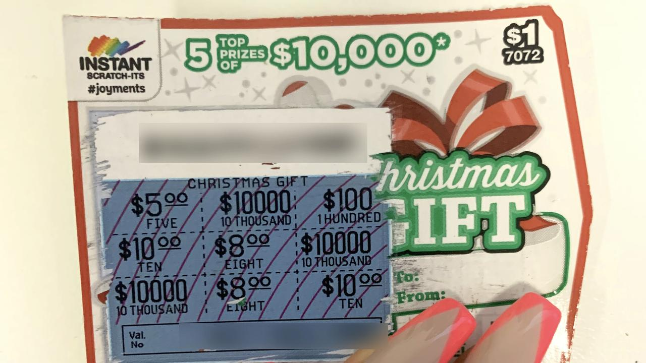 The top prize winning Instant Scratch-Its ticket was purchased at newsXpress Sarina. Picture: Contributed