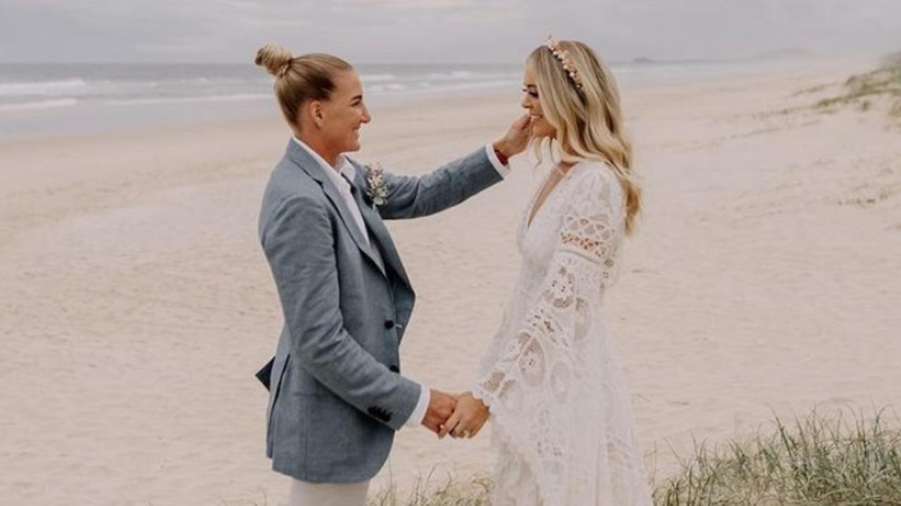 Broncos NRLW captain Ali Brigginshaw marries partner Kate Daly. Picture: Instagram.