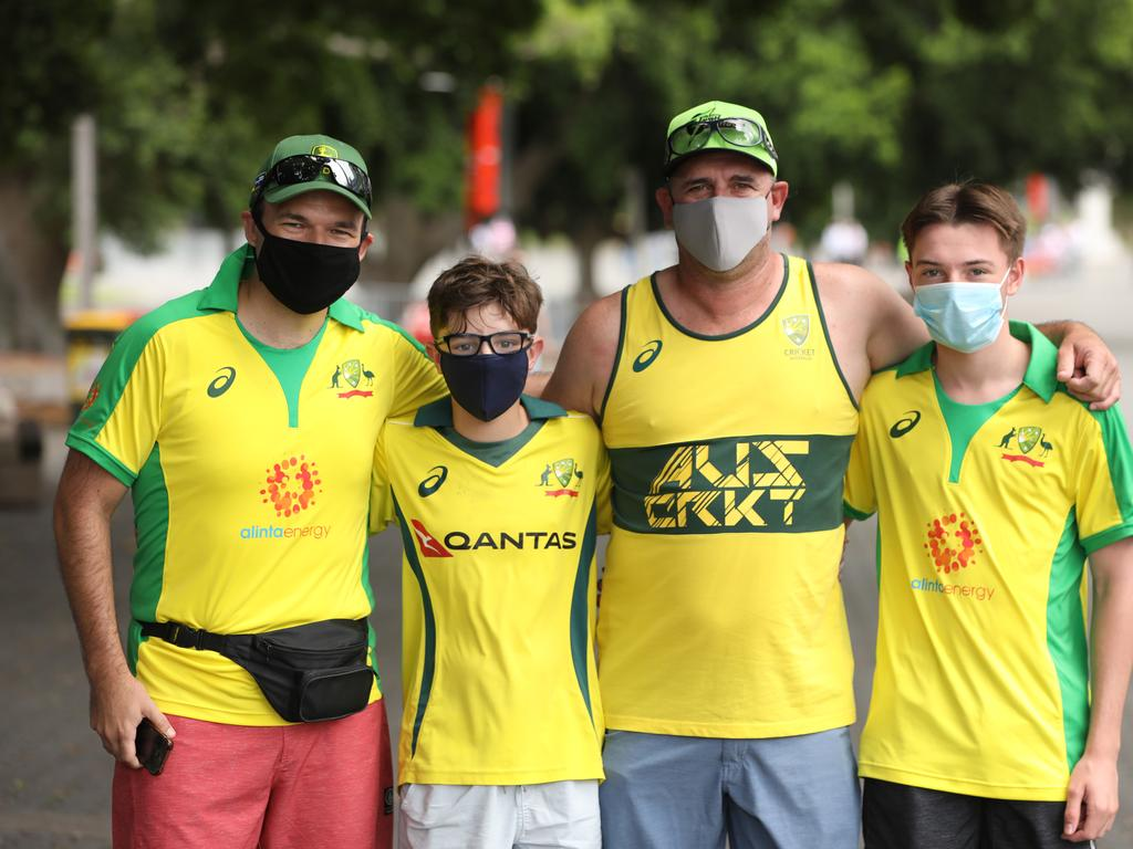 Cricket fans at the SCG.