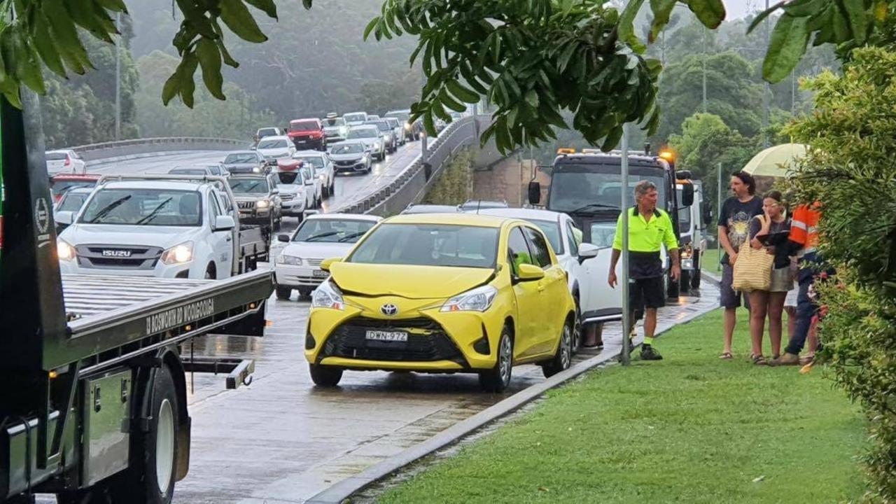 A multiple car accident on the Pacific Highway in wet conditions. Photo by Frank Redward.