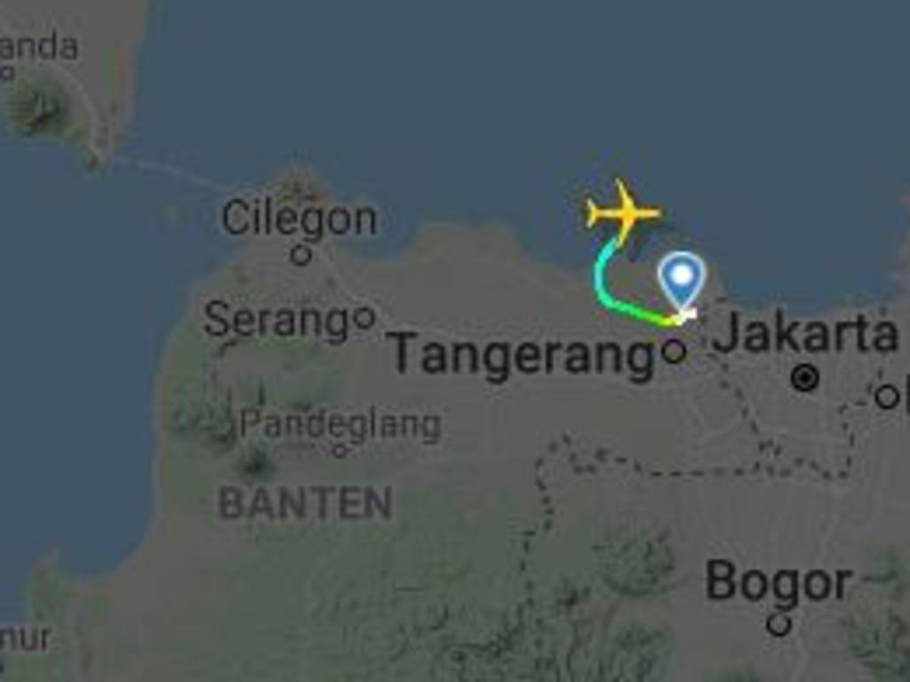 The flight path of SJ182