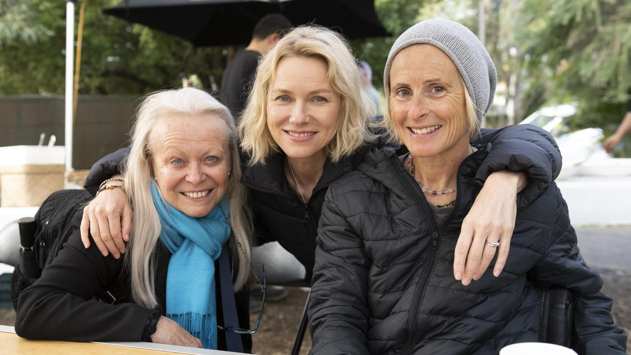 Lunch break with Jacki Weaver, Naomi Watts and Sam Bloom. Picture: Cam Bloom