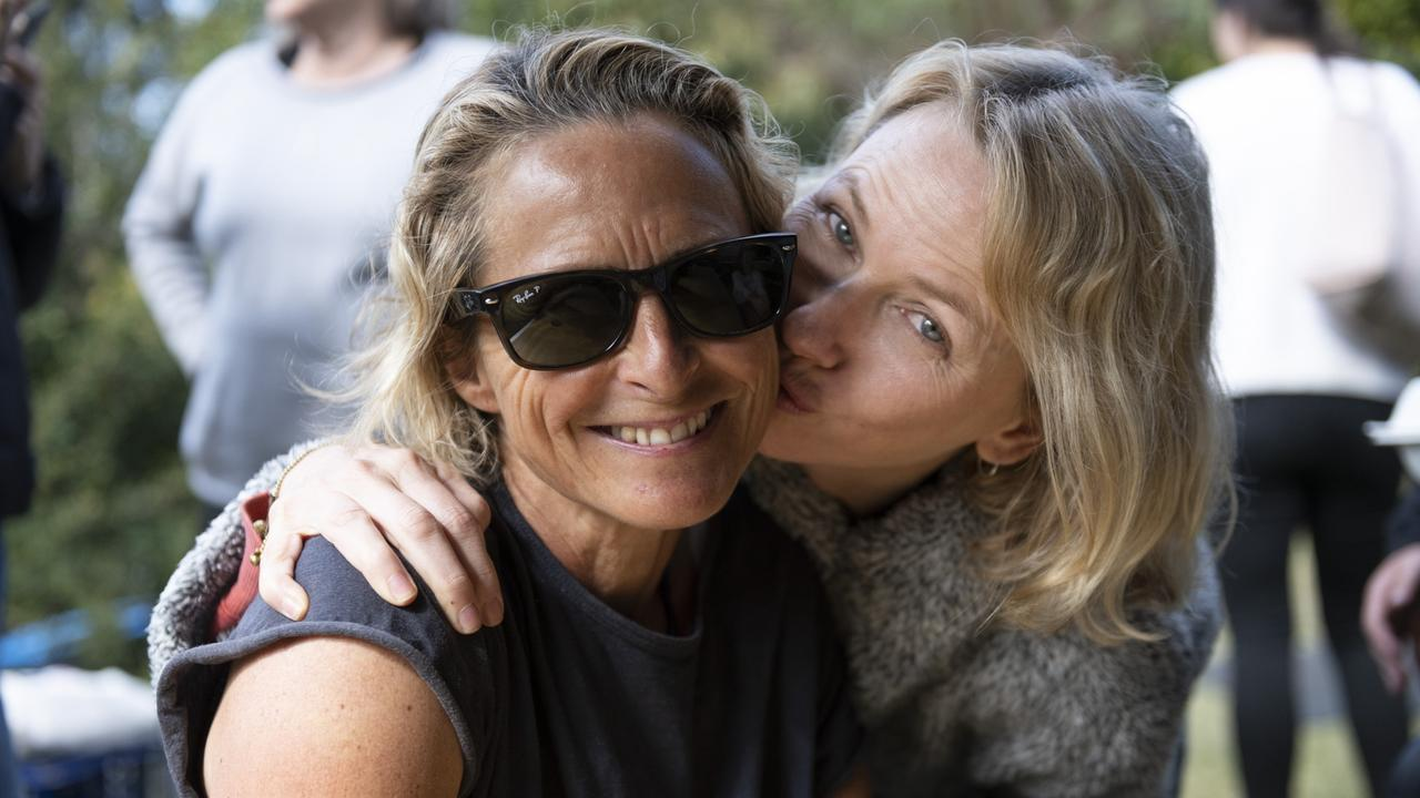 Naomi Watts kisses Sam Bloom during a lunch break on set. Picture: Cam Bloom