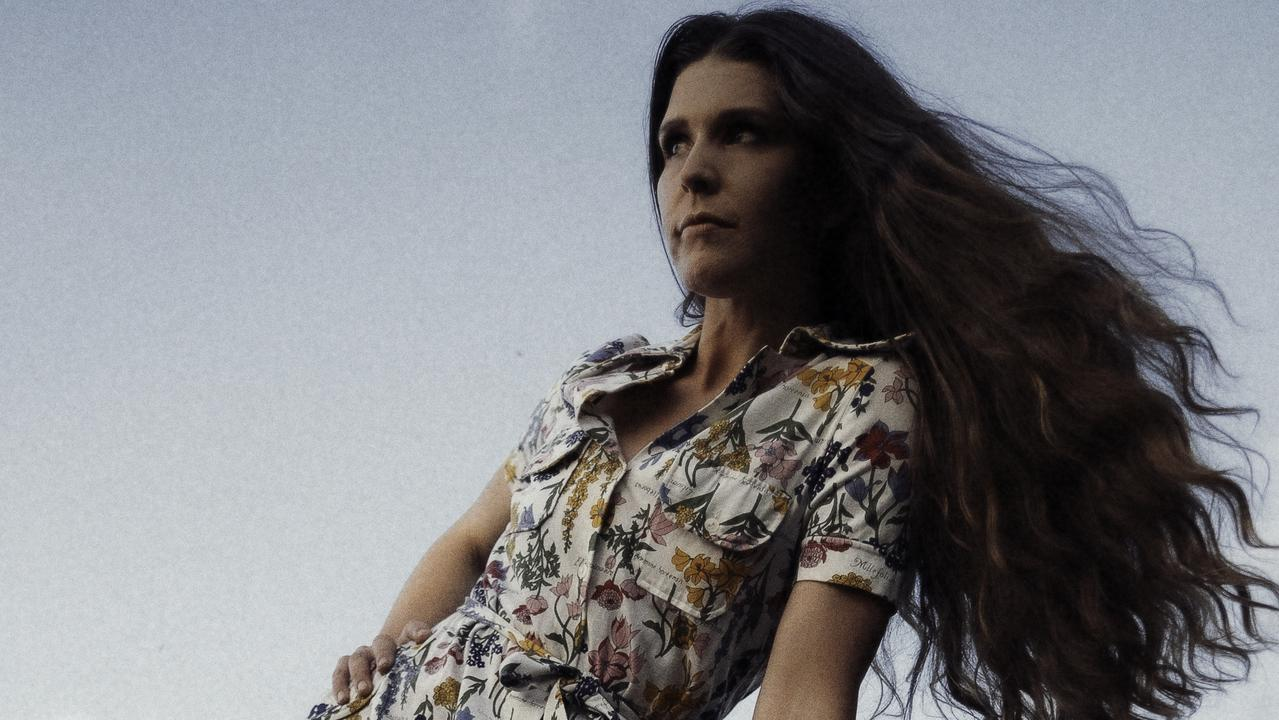 ARIA Award winner Fanny Lumsden is set to take the stage in Pomona this month.