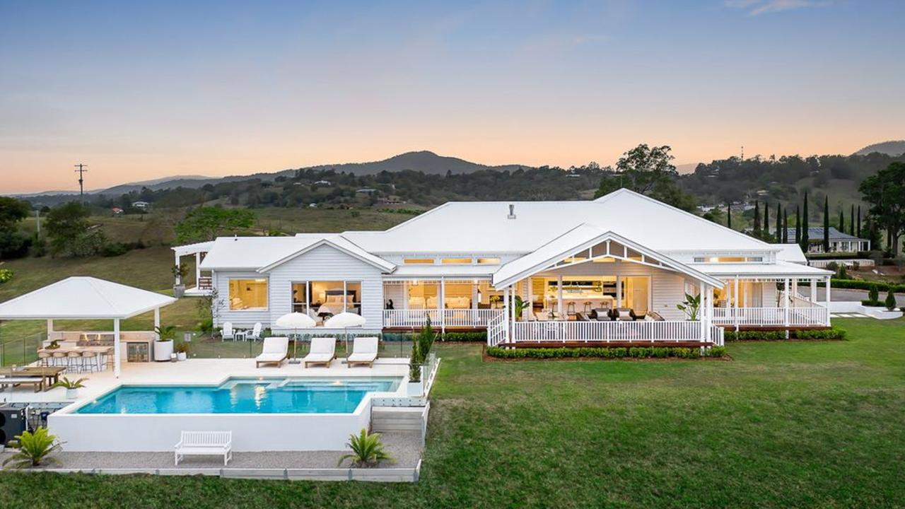 This amazing home at 5 Blake Court, Mount Samson is on the market again. Photo: INNOV8 Property.
