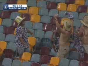 Hail, rain, wild winds: Severe storms delay play at Gabba