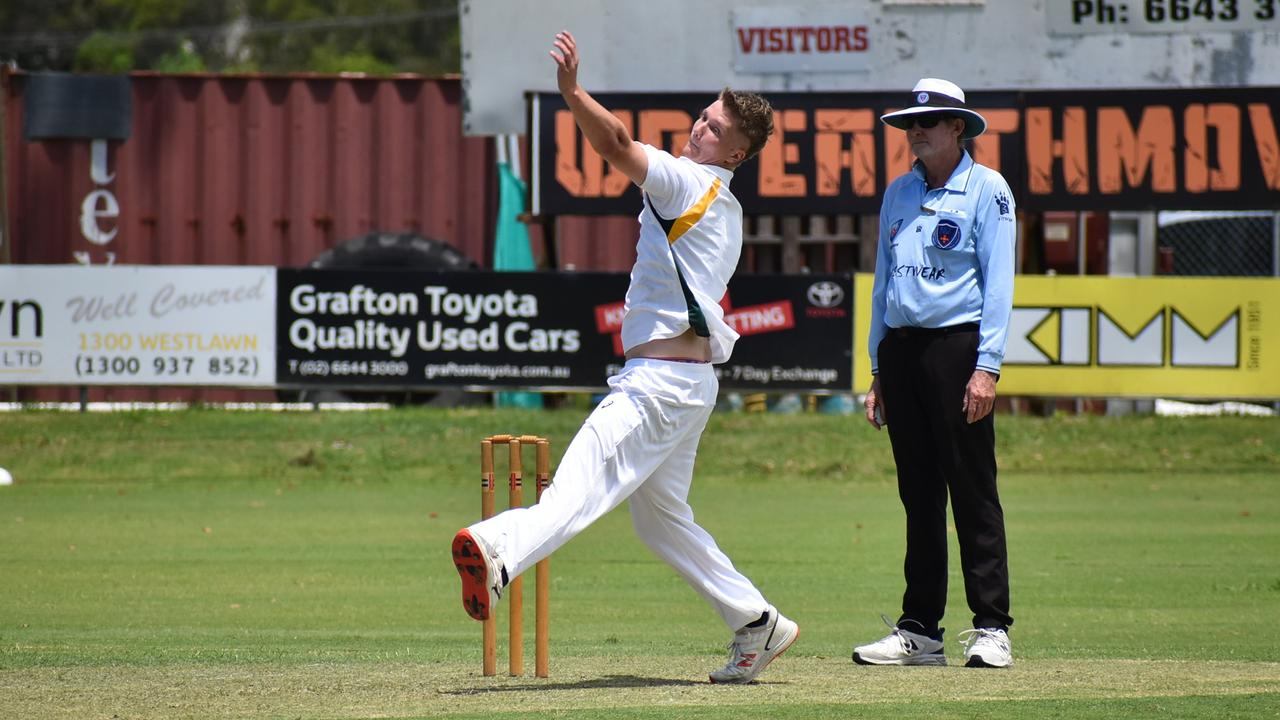 The bowling attack of GDSC Easts/Westlawn Crown Hotel restricted their opponents to 90 runs off 40 overs.