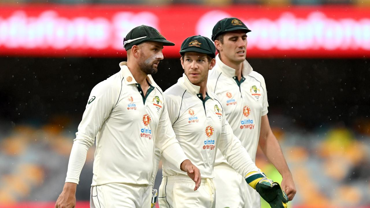 Shane Warne and Adam Gilchrist call out Tim Paine's captaincy in scathing review