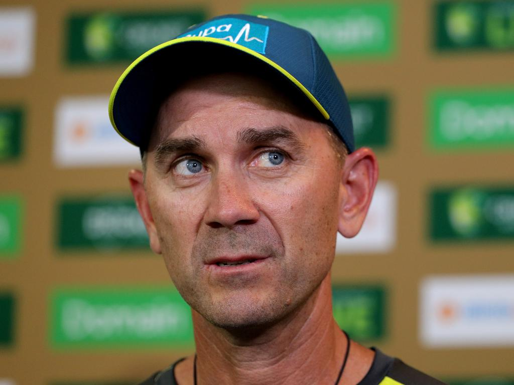 Australian cricket coach Justin Langer made one journalist's day. (AAP Image/Richard Wainwright) NO ARCHIVING