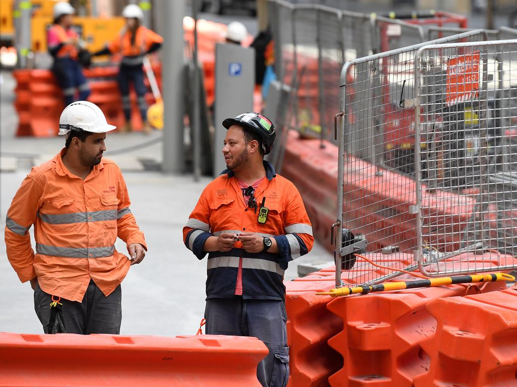 Construction workers are in demand as the government invests in billion-dollar projects and the real estate sector soars. Picture: NCA NewsWire/Joel Carrett