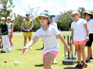 PHOTO GALLERY: Brisbane Heat Summer Holiday Rocky girls clinic