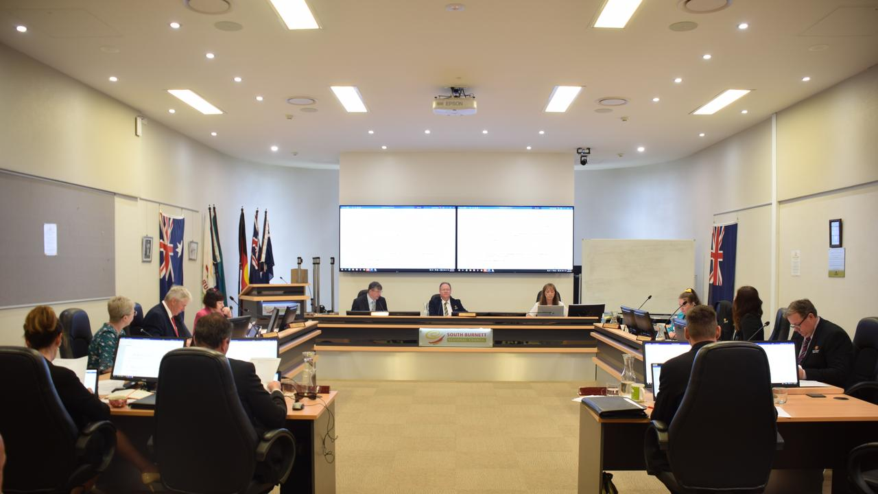 Councillors voted to move the alleged misconduct complaint investigation to the Ministers office. Photo/Tristan Evert.