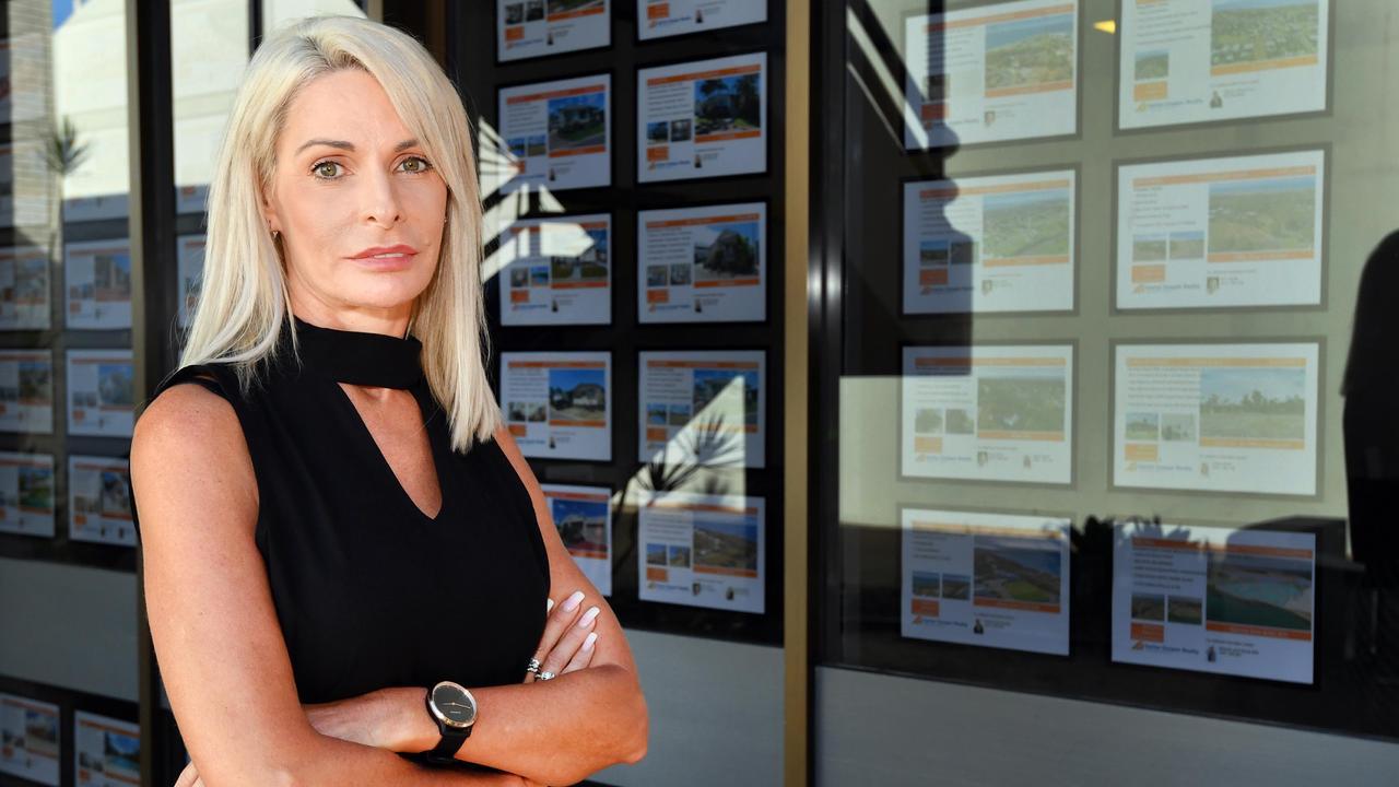 TO BUY OR RENT? Coast real estate gurus...